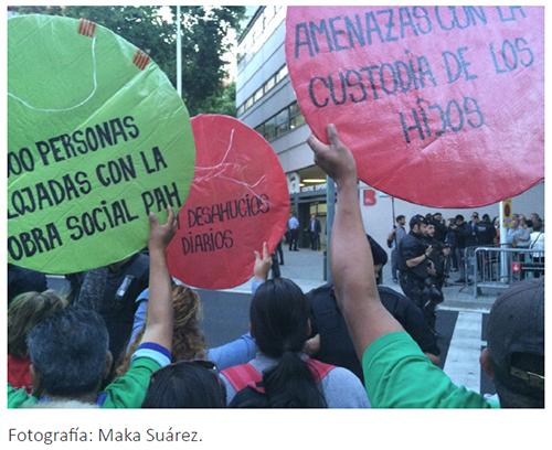 Escrache silencioso de la PAH en Barcelona (mayo 2015)